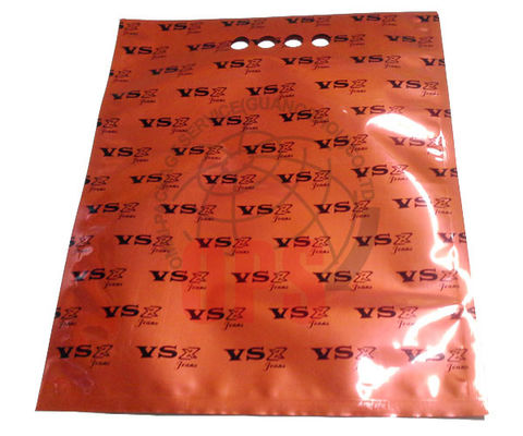 3 Layer Laminated Custom Printed Shopping Bags Three Side Seal With Finger Hole